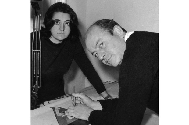 Married architects Alison and Peter Smithson at work, October 1961. The pair were architect members of the Independent Group and had an impact on the British urban scene via what became known as 'New Brutalism'. (Photo by Davies/Evening Standard/Getty Images)