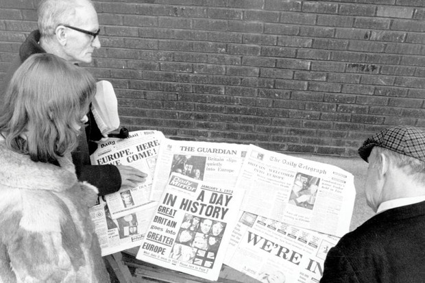 January 1973: Londoners reading the newspapers headlining Britain's entry into the Common Market.
