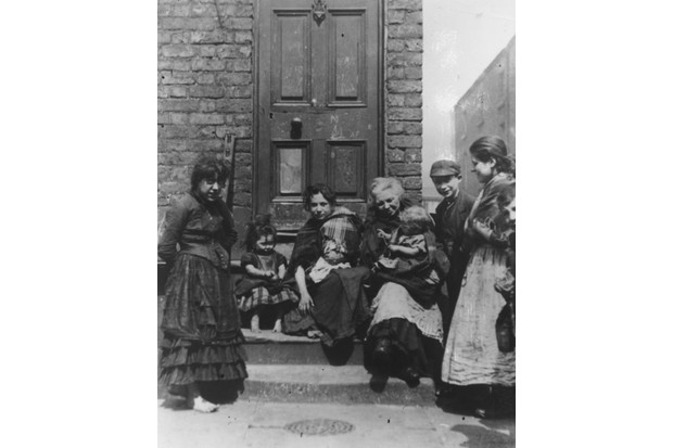 A photo taken on a doorstep in a Liverpool slum, c1895. (Photo by J Burke/Hulton Archive/Getty Images)