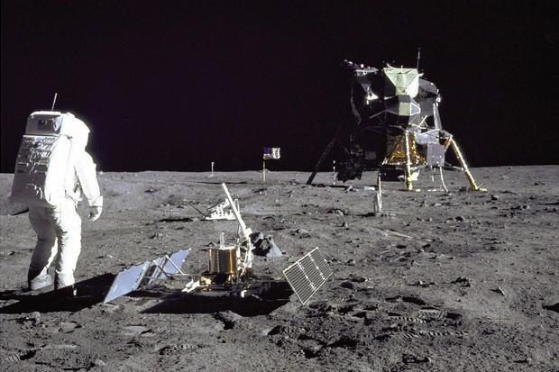 Astronaut Buzz Aldrin on the moon's surface
