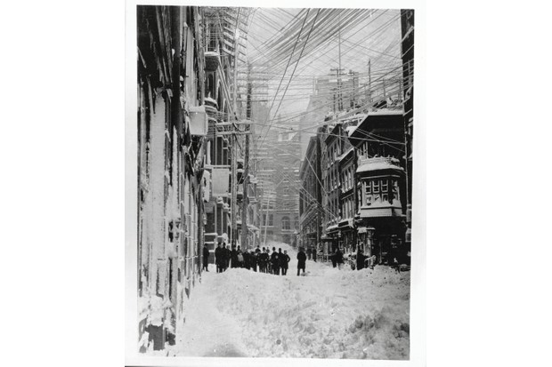 City street in a snowstorm