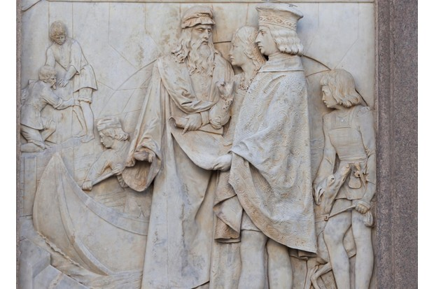 A 19th-century relief at Piazza della Scala, Milan, showing Leonardo presenting his new navigation system for the Navigli canal to Ludovico. (Image by Alamy)
