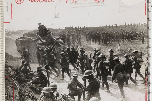 Photo of British troops in World War I