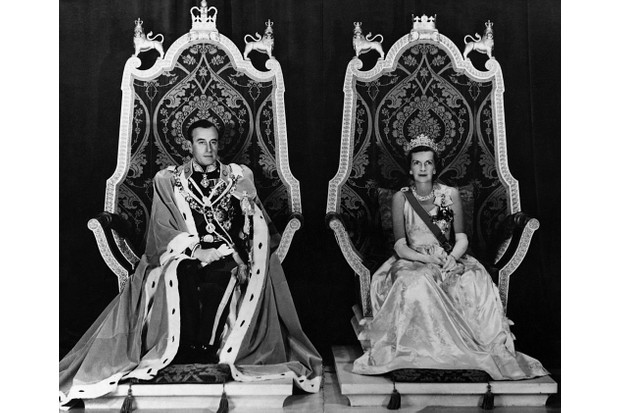 Lord Louis Mountbatten and Lady Mountbatten, the last Viceroy and Vicereine of India.