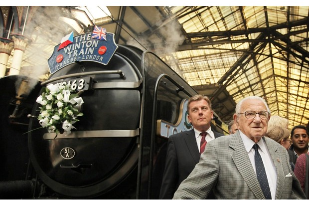 Sir Nicholas Winton with the steam train that brought evacuees to London