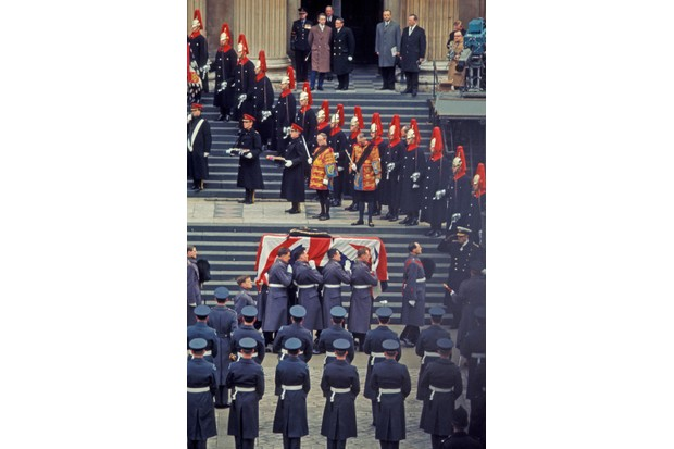The coffin of Sir Winston Churchill is carried to St Paul's Cathedral.