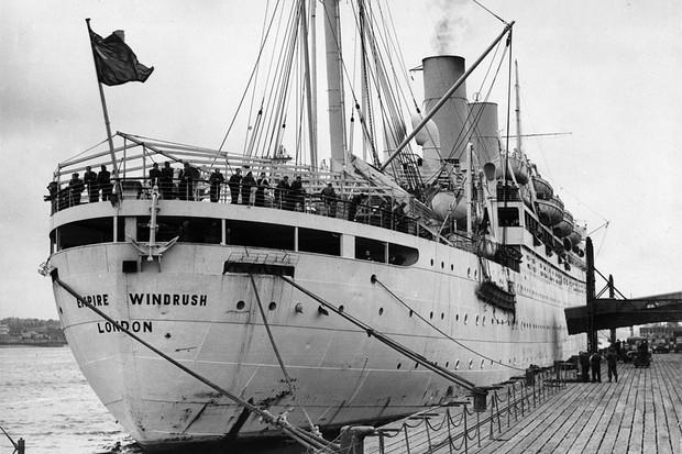 HMT Empire Windrush arrives at Tilbury Docks