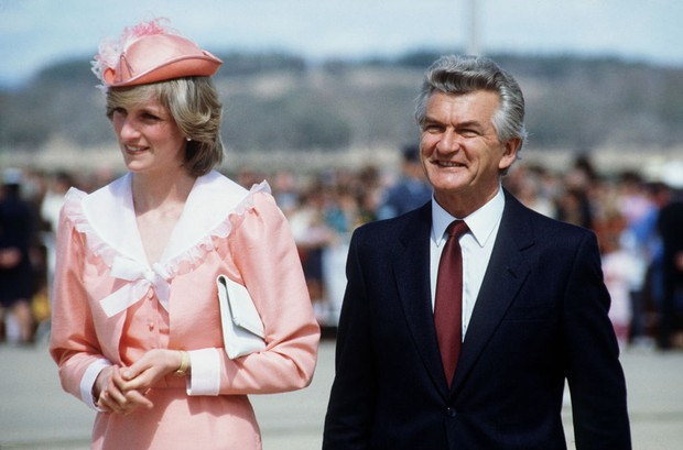 the crown s4 e6 real history charles diana s 1983 royal tour to australia new zealand historyextra the crown s4 e6 real history charles diana s 1983 royal tour to australia new zealand historyextra