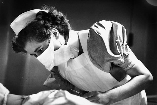 Student nurse Dorothy Norris