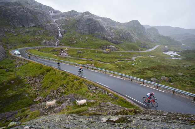 Haute Route Norway heads through the mountains