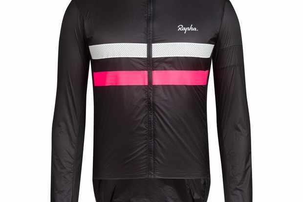 604bc4416b Video unboxing of the new Rapha Brevet Flyweight Wind Jacket