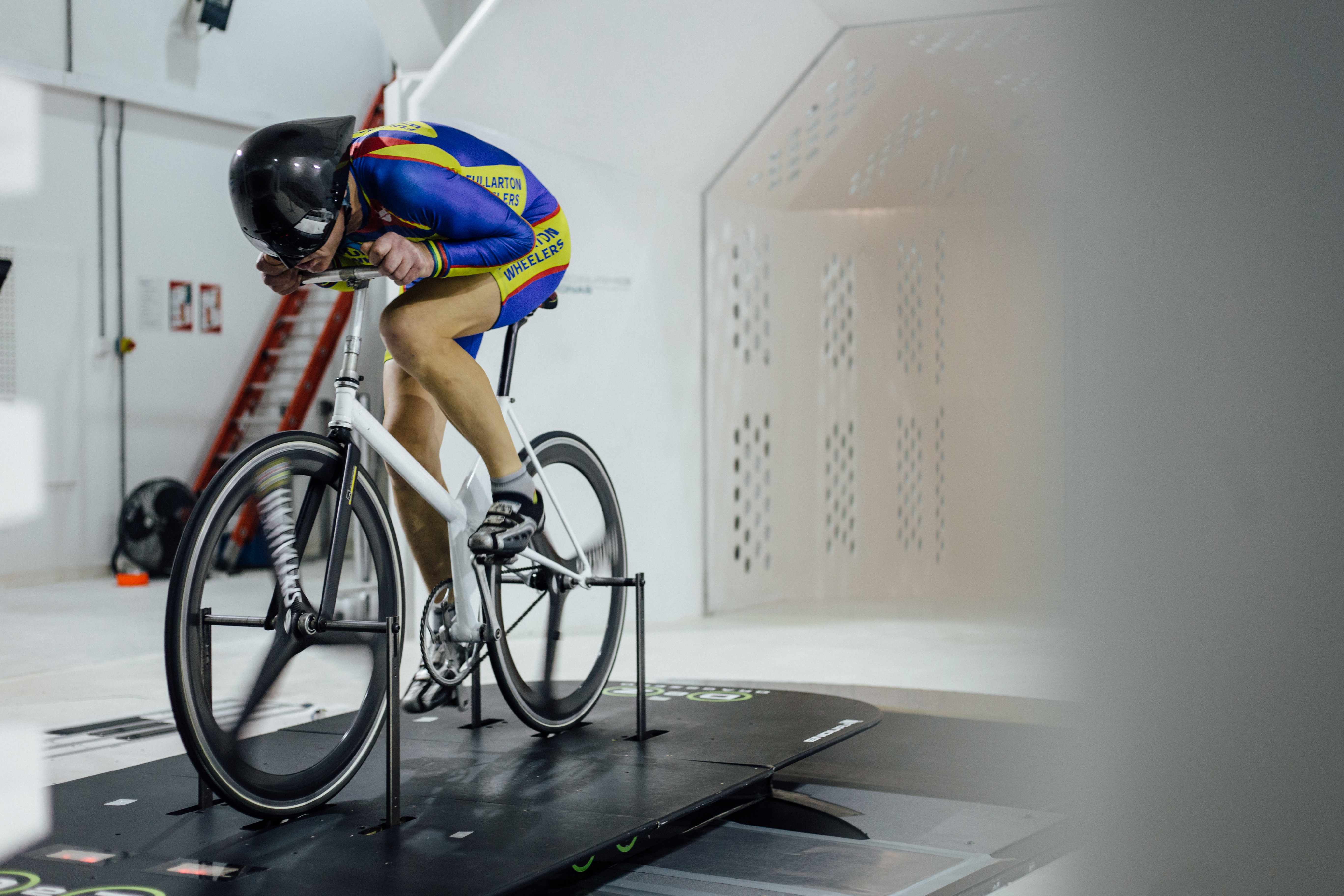 Graeme Obree wind tunnel tests Old Faithful for the first time