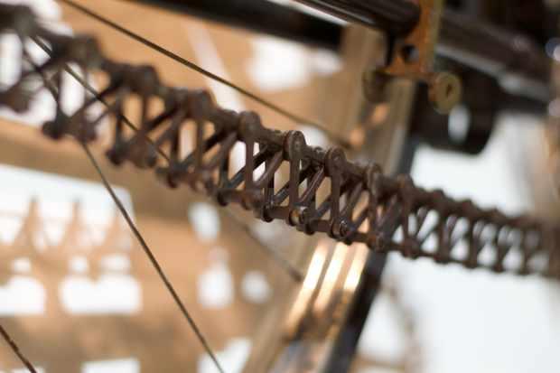 A Simpson Lever Chain