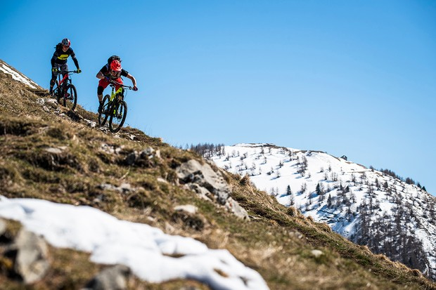 Tom Marvin riding the snowline to shoreline in Maritime Alps