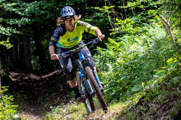 Morgane Charre is an absolute pinner on natural trails