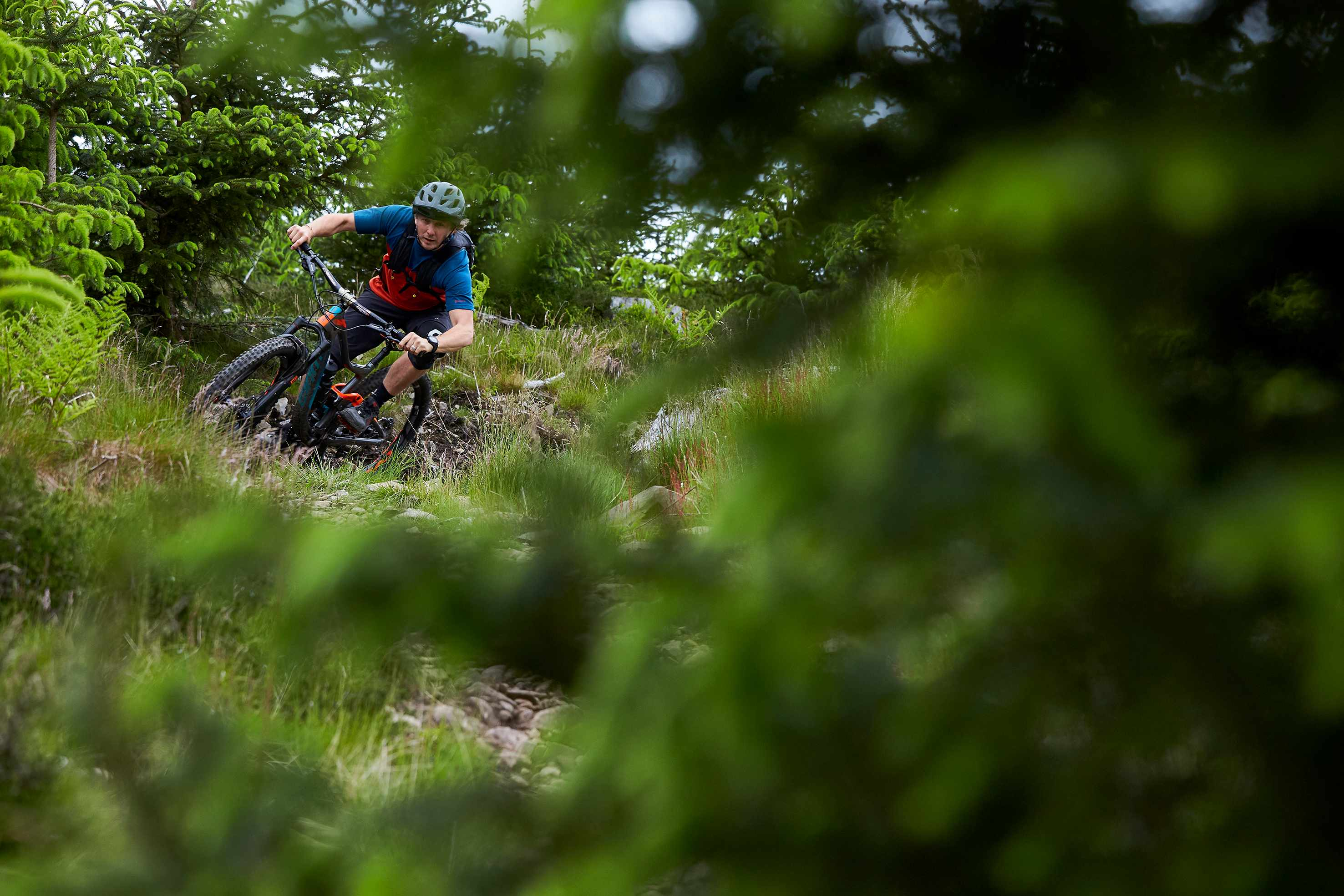 Art Editor Jimmer on 2107 Giant Trance Advanced at Glentress