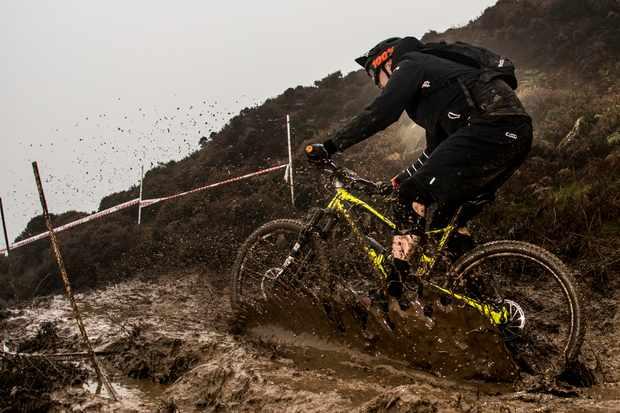Ard-Moors-Enduro-mud-splash-stage-1