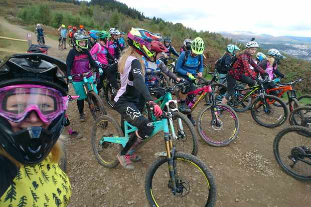 ladies queue for the trails at bikepark wales women's weekend