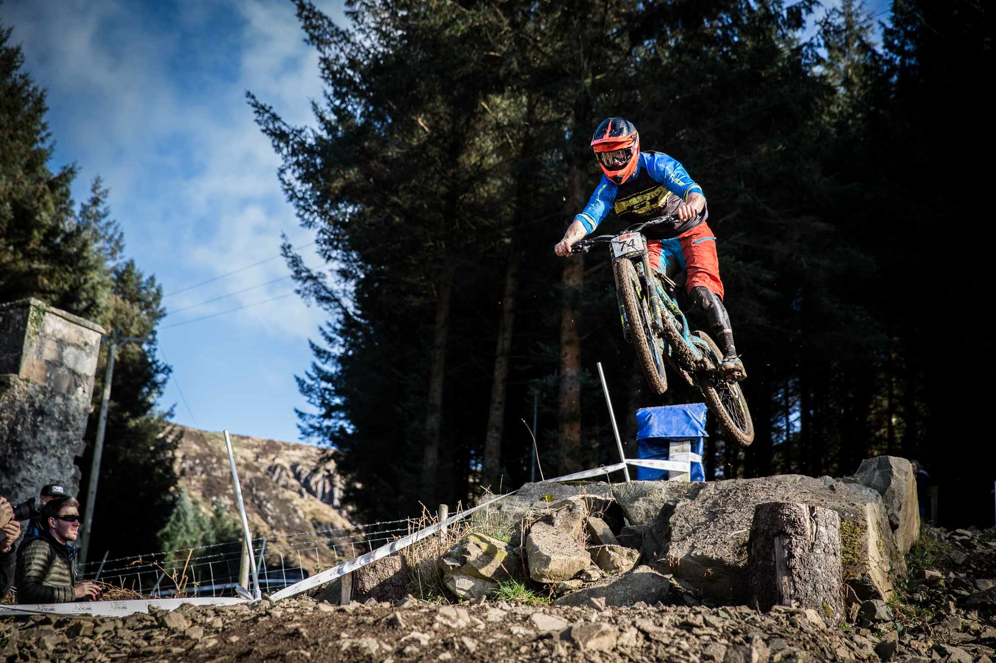 Alex Bond riding GT Fury at British Downhill Series race for MBUK team