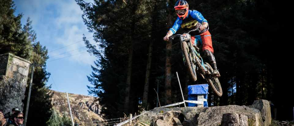 Alex Bond riding GT Fury at British Downhill Series race for MBUK team