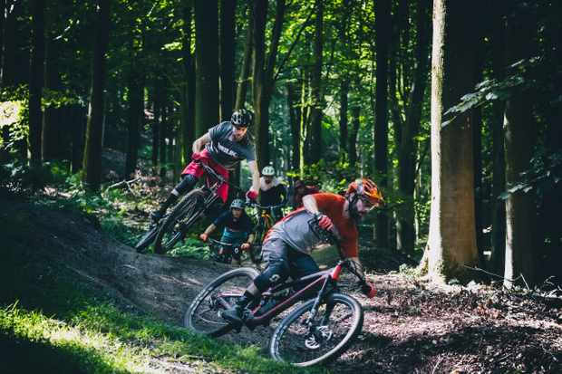 MBUK Wrecking Crew ride the blue trail Bluetopia at Wind Hill