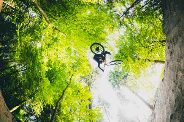 Chris Smith riding Wind Hill B1ke Park on MBUK Wrecking Crew