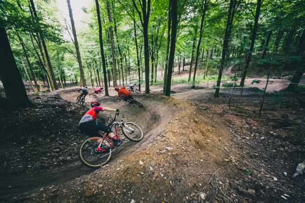 MBUK Wrecking Crew train it down the Empuru trail at Wind Hill B1ke Park