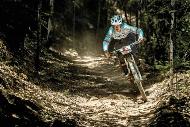 Tracy Moseley rides the downieville classic in USA on her Trek