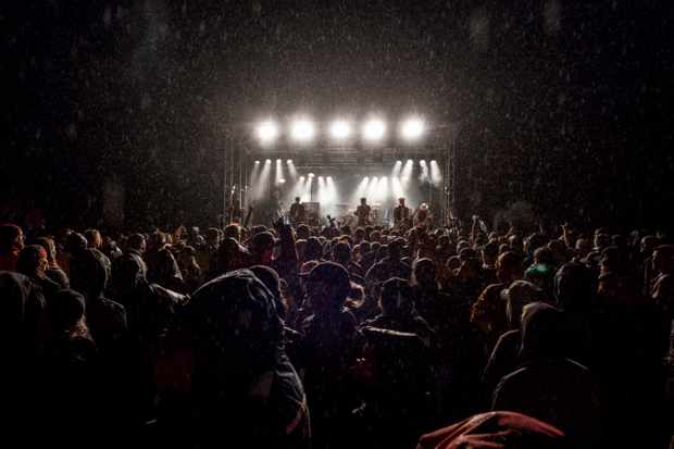Norwegians know how to party, and the Huck-festivities extend long into the night. Photo: Andy Lloyd