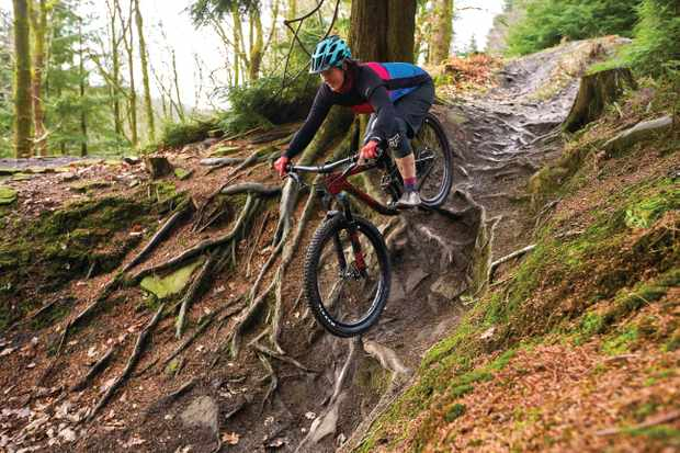 Rebecca Smith riding a Liv Intrigue mtb . Cannop , Forest of Dean , Gloucestershire. February 2019.